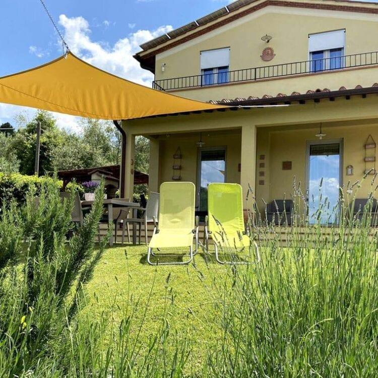 Casa di campagna Pianelli esterno natura Casa Vacanze in Toscana