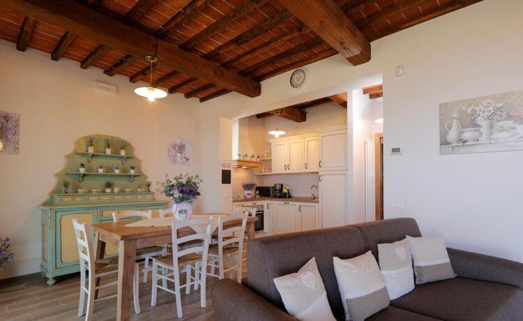 Casa di campagna Pianelli, la cucina, vacanze in Toscana